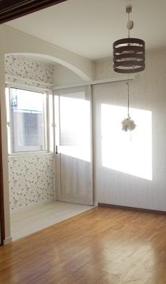長岡市 M邸 子供部屋改装工事 施工後:上吊り戸(閉)