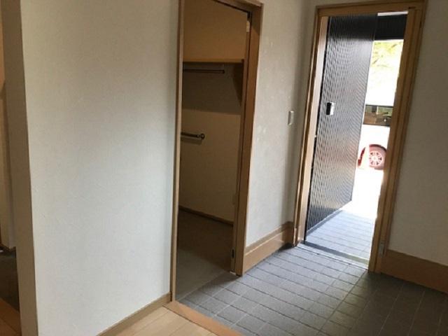 No.13 長岡市「2世代同居住宅」新築工事玄関内